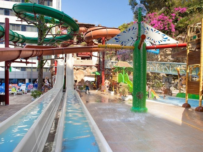 Slides Magic Aqua Experience™ Magic Rock Gardens Hotel Benidorm