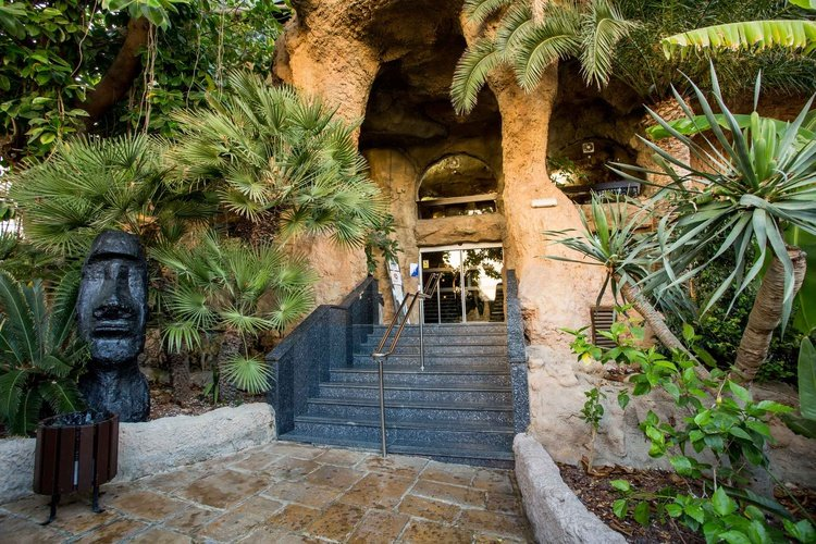 Entry magic rock gardens hotel benidorm