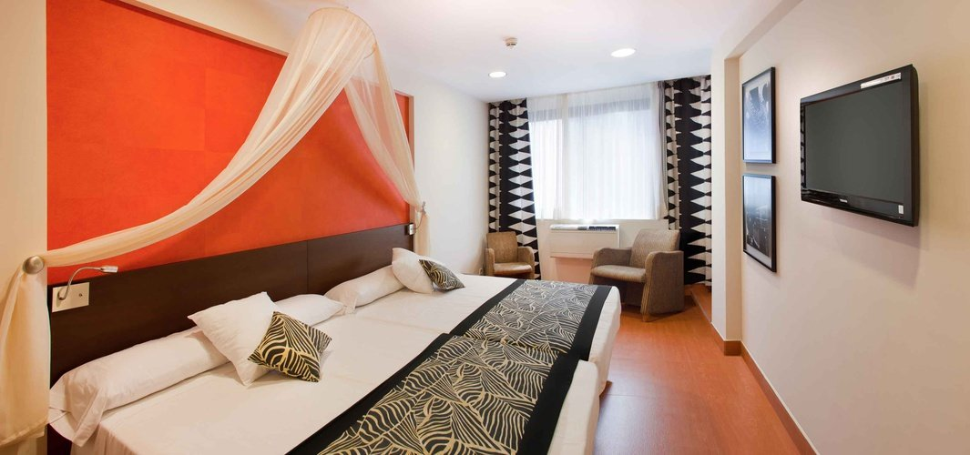 Double room magic rock gardens hotel benidorm